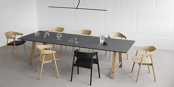 T1 Meeting table